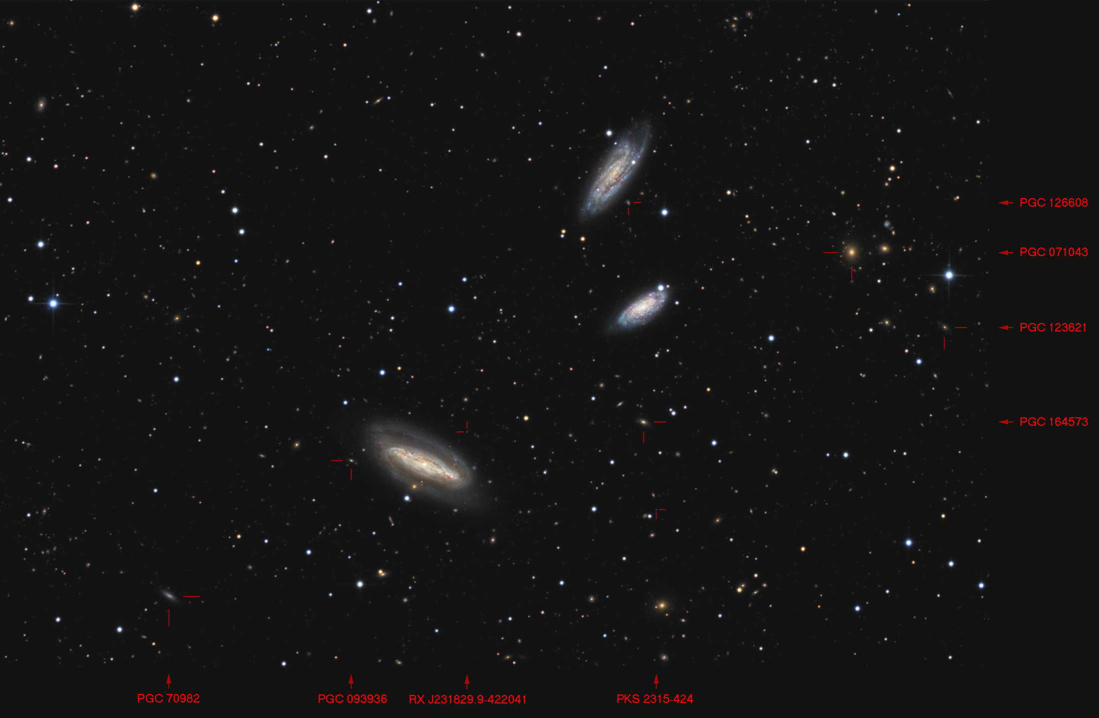 NGC7582-90-99-LRGB-20151014-T30-300s-TTK_labs4