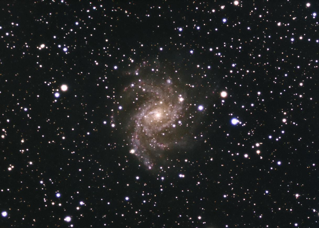 ngc6946-fireworks-galaxy-lrgb-20131003-ttk